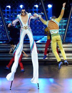 Cirque+Du+Soleil+Viva+ELVIS+News+Conference+r4vsGvesDL4l