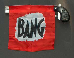 Bang_gun_with_flag1
