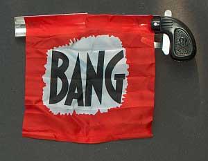 Bang_gun_with_flag1